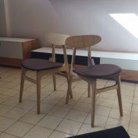 Scandinavische stoeltjes.
