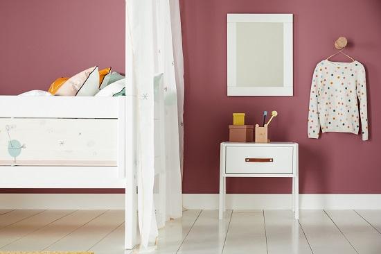 Lifetime-nachtkastje en spiegel