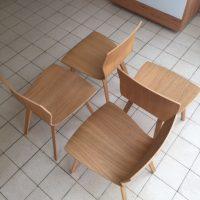 Houten stoel.