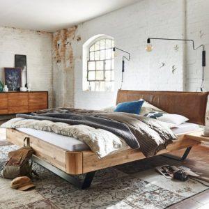 Interior Gent, grote showroom met massieve bedden en matrassen. kom zeker kijken!